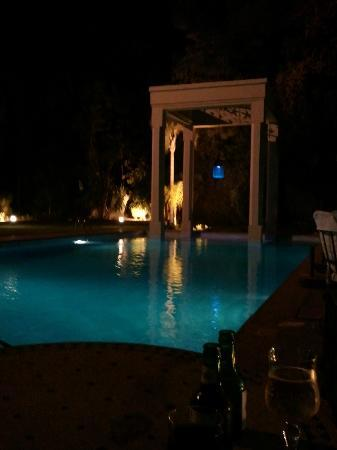 Hotel Marrakech le Tichka: pool at night - gorgeous