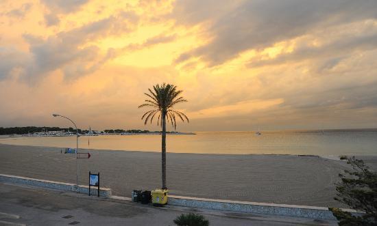 Hotel Riviera: alba