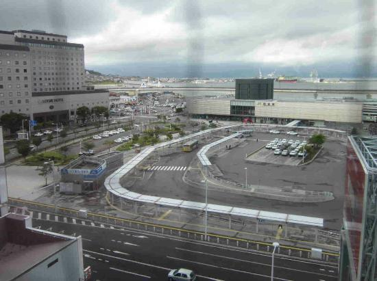 Smile Hotel Hakodate: from the window of our room to the station and port