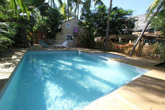 Chez Coco Island : Piscine de jour