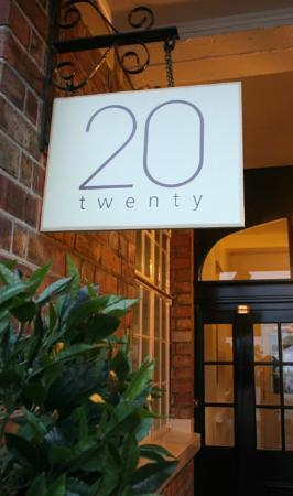 20 at The Kings: Back entrance