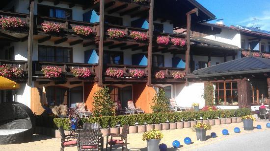 Alpenhotel Zechmeisterlehen: Hotelfront