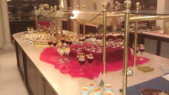 Alpenhotel Zechmeisterlehen: Dessert-Büffet