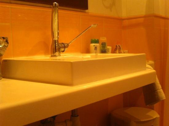 SENTIDO Djerba Beach: bedroom sink