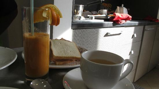 Castellani a San Pietro: Yummy fresh squeezed oj, carrot, etc juice