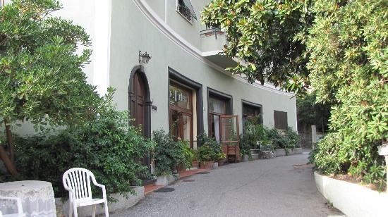 Photo of Hotel Pensione Moderna Bonassola