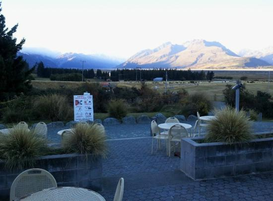 Mount Cook Glentanner Park Centre: View from restaurant.