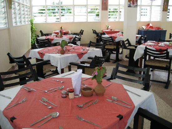 Dilli-6 Hotel, Bar & Restaurants: Restaurant