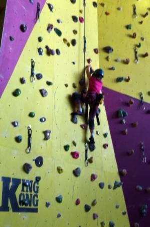 Lakeland Climbing Centre: my 6yr old daughter on King Kong!
