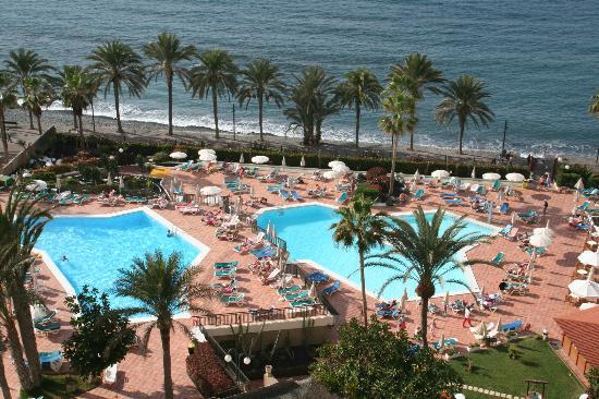 Vue des piscines et de la promenade picture of sol tenerife playa de las americas tripadvisor - Hotel sol puerto playa tenerife ...