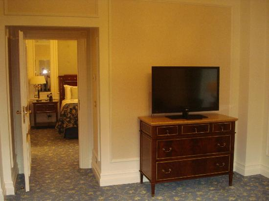 Fairmont Grand Hotel Kyiv: my room