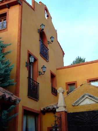 Rincon de Navarrete: View from the courtyard