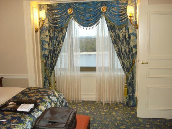 Fairmont Grand Hotel Kyiv: my room