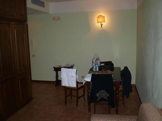 Hotel Residence San Gregorio: living room