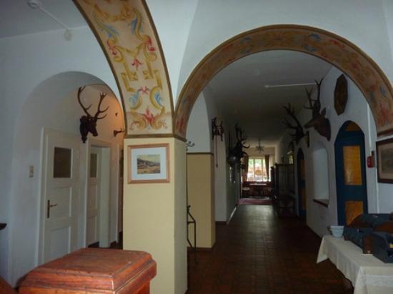 Hotel Grünwalderhof: Hallway