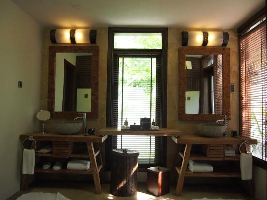 The Banjaran Hotsprings Retreat: his and her vanity