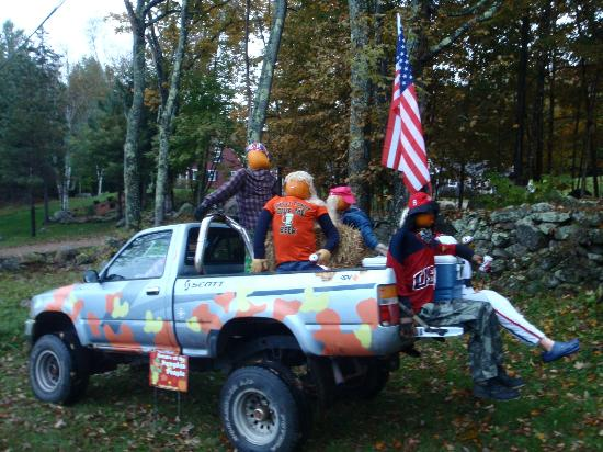 Carter Notch Inn: the return of the pumpkin people