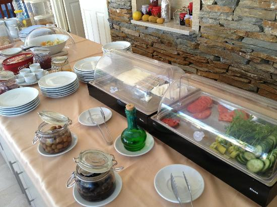 Hotel Grenadine Lodge: Breakfast spread