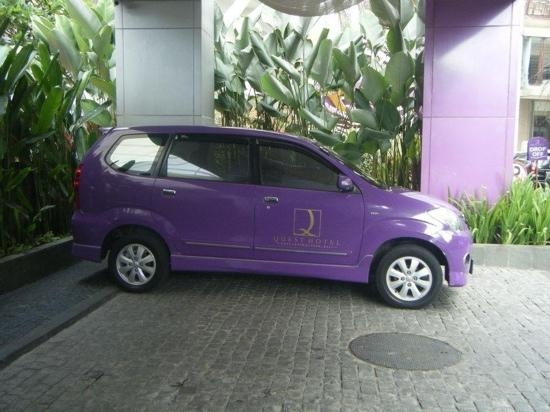 Kuta Central Park Hotel: the hotel car