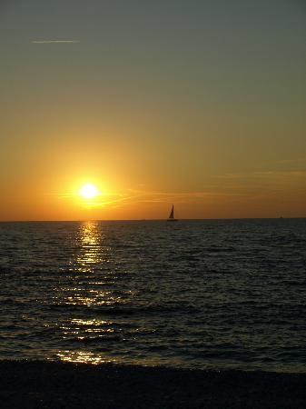 Boboba Il Villaggio: Sunset