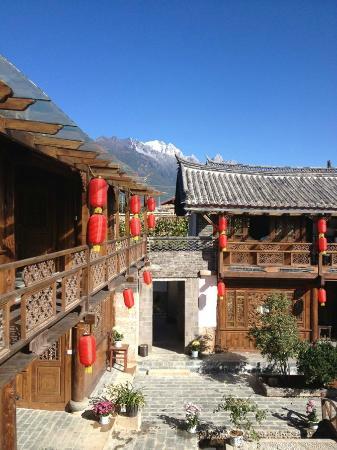 Baisha Holiday Resort Lijiang: Traditional Naxi Minorities' architecture