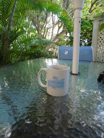 Angelina Guest House: Enjoying some coffee!