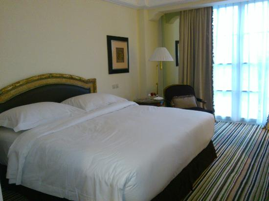 هوتل جران ماهاكام: standard room 