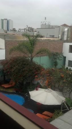 Peru Star Apartments Hotel: view and gardens