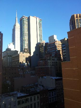 Ramada New York/Eastside: Empire State desde la ventana