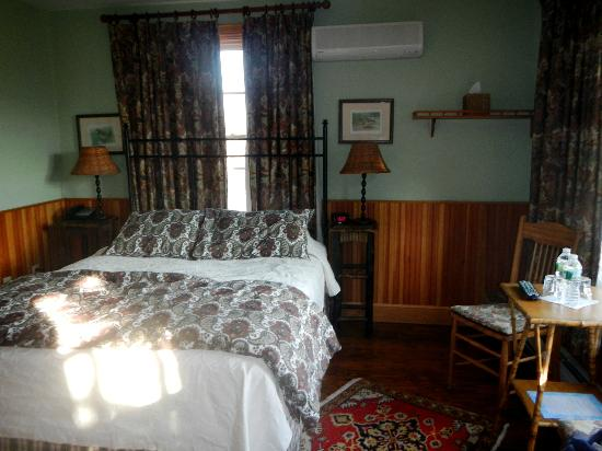 Hotel Mountain Brook: Our room!! The deluxe lodge room (no. 6)