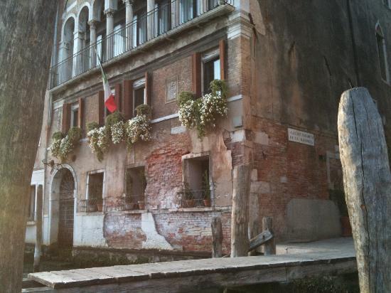 Ca' Angeli: Hotel por fora