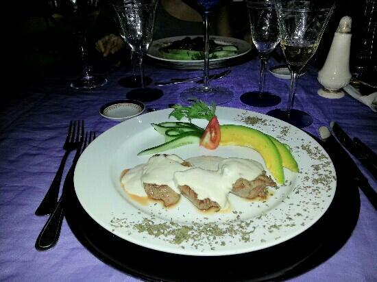 San Cristobal Paladar: pollo in salsa di tonno e maionese