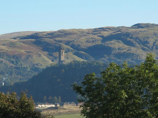 The Portcullis Hotel: views of National Wallace Monument