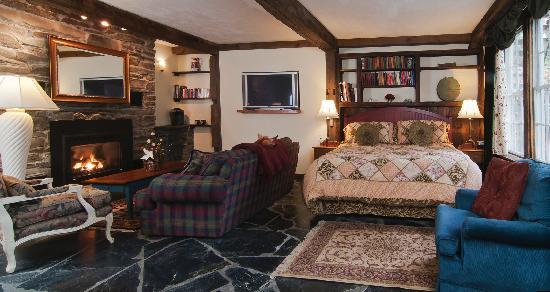 "Tucker Hill Inn: The ""Innkeepers"" Room"