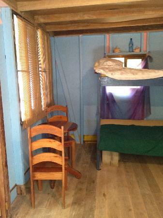 PAUSE Hostel: Hut