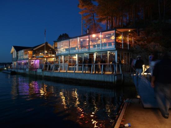 Cornelius Sjømatrestaurant: The view on arrival at Cornelius