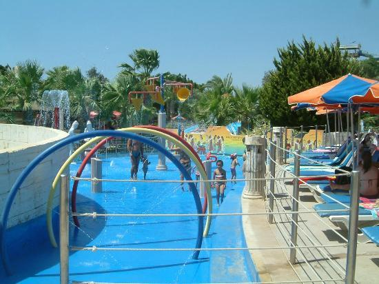 WaterWorld Su Parkı: Fun for the whole family