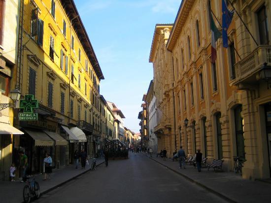 Corso italia corso italy 1 picture of corso italia for Corso arredatore d interni roma