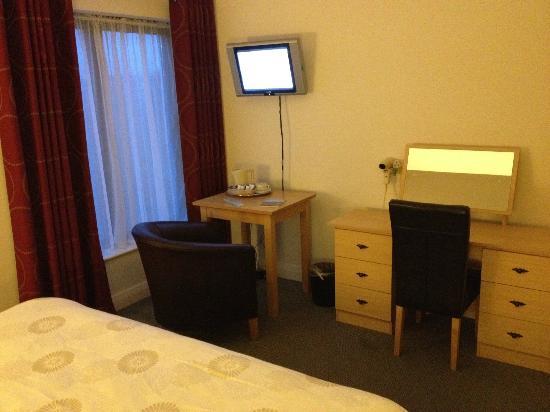 Glendarragh Valley Inn: Bedroom