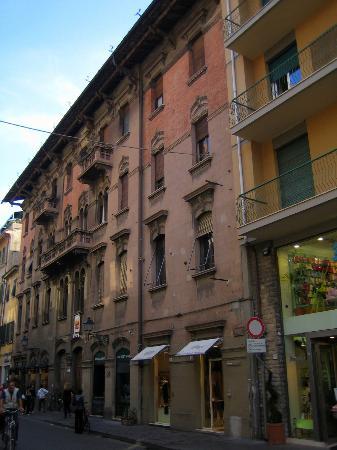 Corso Italia /Corso Italy 2
