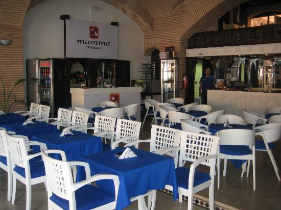 Mediterraneo Snack Pizza Cafe: Sala interna - Angolo Pizza