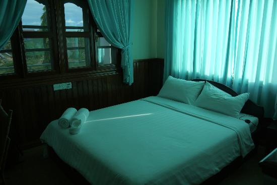 Siem Reap Garden Inn: Bed