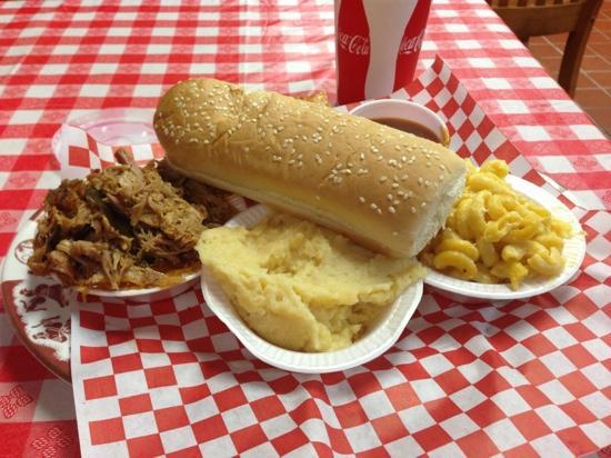 Rib Shack: sanduiche de porco desfiado
