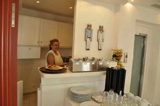 Stelia Mare Boutique Hotel: Eggs cooked to order with a smile!
