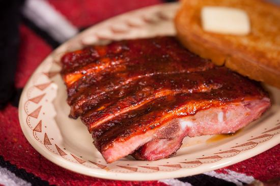 Buster's Texas-Style Barbecue: Buster's pork spare ribs