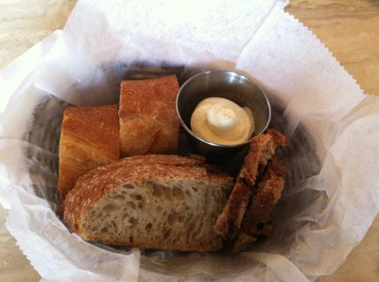 Maxim's 22: Bread
