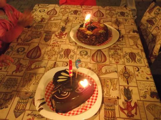 Maccan Cafe Restaurant Photo