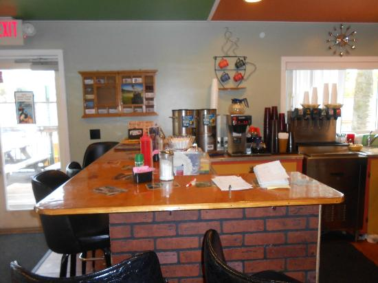 Leroy's Cafe: Leroy's Counter
