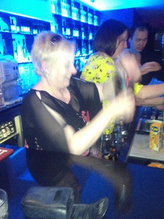 Revolution Gastro Bar: Cocktail Masterclass with hen night @ Revolution Waterford