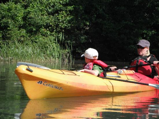 1000 Islands Kayaking Day Trips : Kids ride in tandem kayak